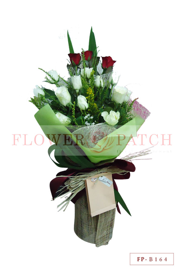 Bouquet of 15 Roses (12 white and 3 red) | Flower Patch - Online ...